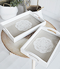 Set of 2 white trays